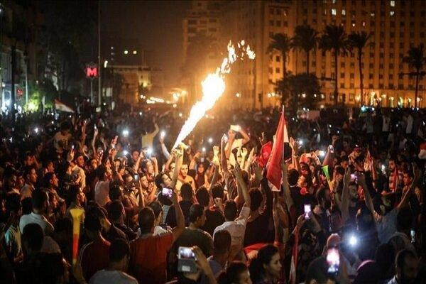 بازداشت 220 تظاهرات کننده از جمله 34 زن در مصر طی 2 روز