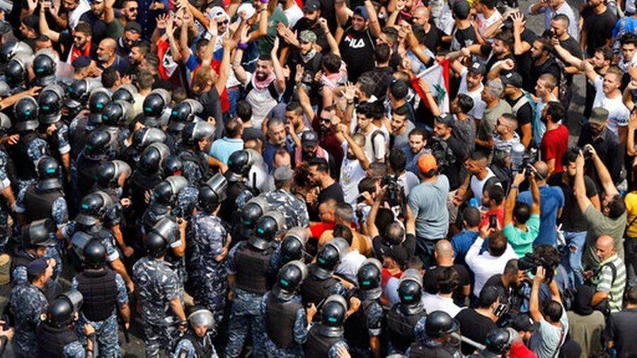تظاهرات در لبنان در اعتراض به اوضاع معیشتی
