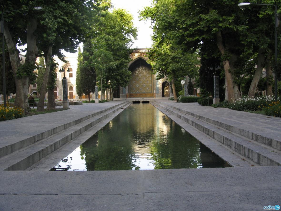 مدرسه چهارباغ اصفهان ، بنایی متاثر از معماری عصر صفویه