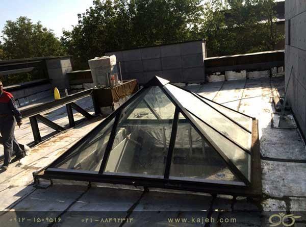 هرم شیشه ای سقف نورگیر ایده آل برای ساختمان با معماری مدرن
