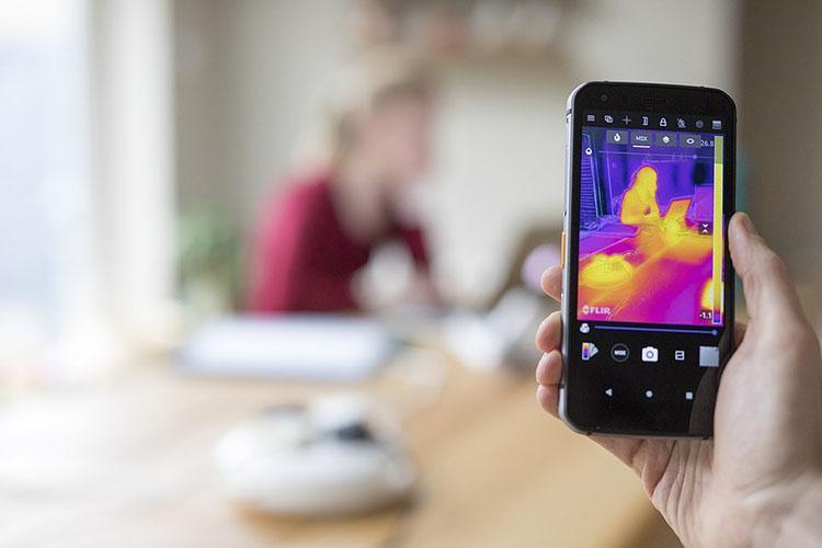 تصاویر حرارتی از کار در خانه و دستگاه های برقی که به شدت خطرناک و ناامن هستند
