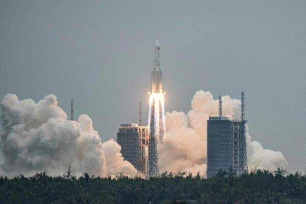 کاخ سفید: فرماندهی فضایی آمریکا راکت چین را رهگیری می نماید
