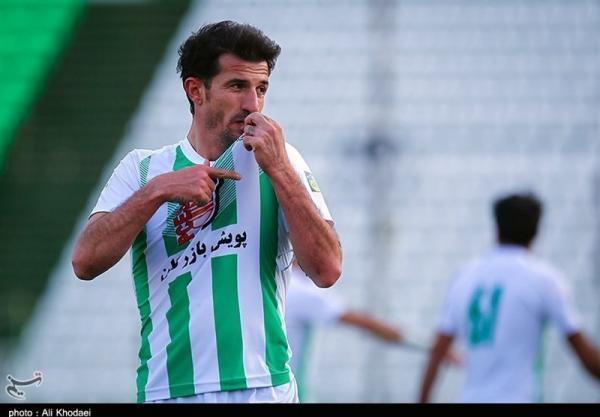 دوری 3 تا 4 هفته ای کاپیتان ذوب آهن از میادین فوتبال